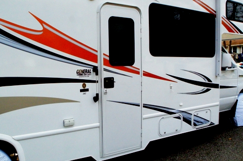 Installing A Camco 42183 Screen Door Cross Bar In A Rv
