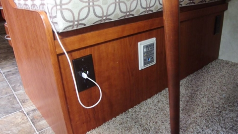 Adding a combination usb and 120vac duplex outlet to my rv publicscrutiny Image collections